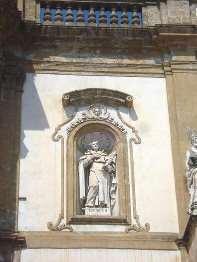 Palermo San Domenico svyztoy petr muchennik