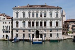 palazzo grassi venezia